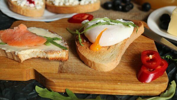Los huevos Benedict - Sputnik Mundo