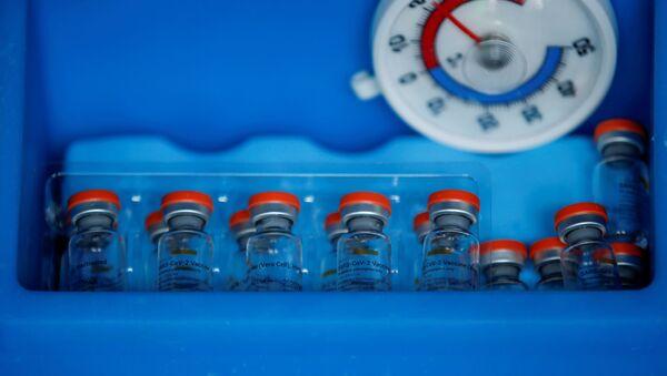 La vacuna china Sinovac contra el COVID-19 - Sputnik Mundo
