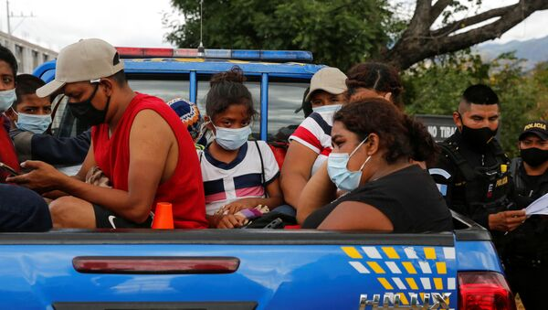 Migrantes hondureños, de vuelta al país de Guatemala - Sputnik Mundo