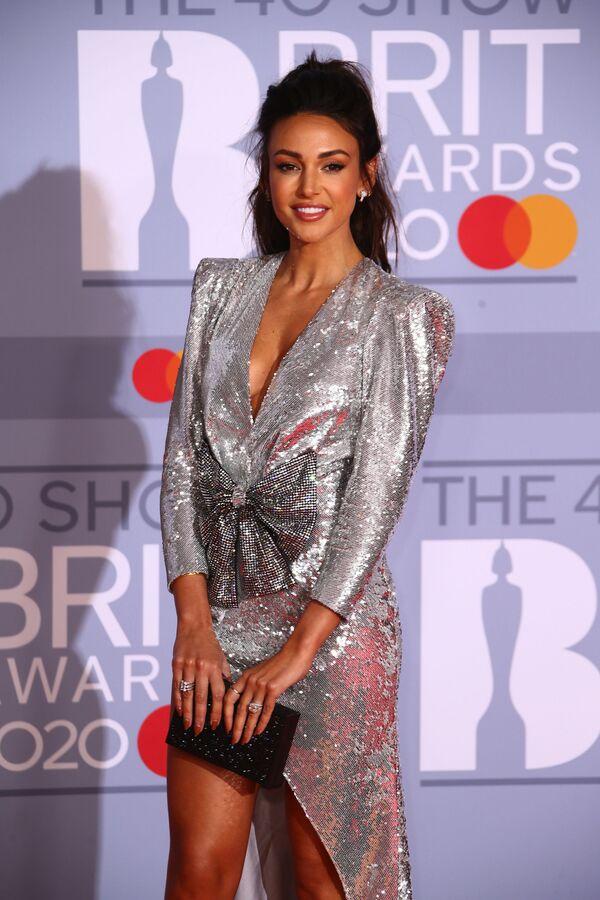 La actriz británica Michelle Keegan en la gala de Brit Awards 2020, en Londres. - Sputnik Mundo