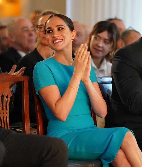 La actriz y esposa del príncipe Harry, Meghan Markle, en la ceremonia Endeavour Fund Awards. - Sputnik Mundo
