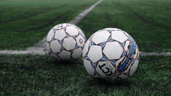 Dos pelotas de fútbol - Sputnik Mundo