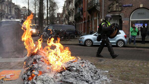 Protestas en Amsterdam, Países Bajos - Sputnik Mundo