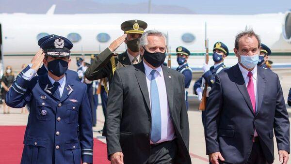 El presidente de Argentina, Alberto Fernández, inicia su primera visita oficial a Chile - Sputnik Mundo