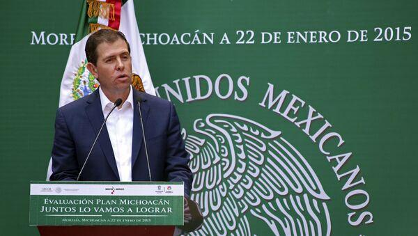 Alfredo Castillo, excomisionado de Seguridad en Michoacán - Sputnik Mundo