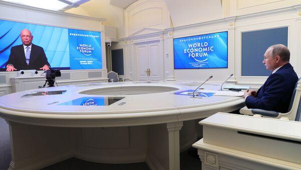 Vladímir Putin, presidente de Rusia, en el Foro Económico Mundial de Davos - Sputnik Mundo