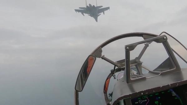 La Flota rusa del mar Negro muestra la potencia de sus aviones y sistemas costeros - Sputnik Mundo