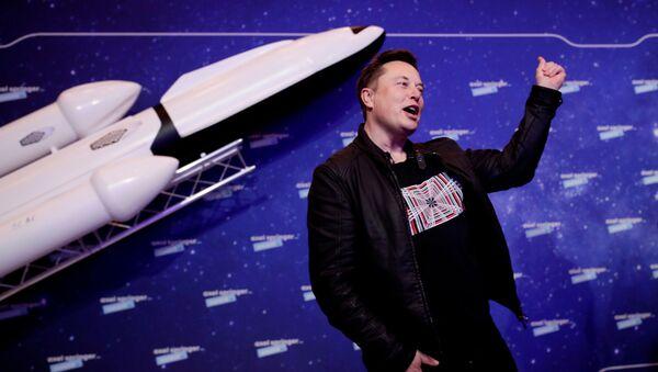 Elon Musk, director ejecutivo de SpaceX, en la alfombra roja de los premios Axel Springer - Sputnik Mundo