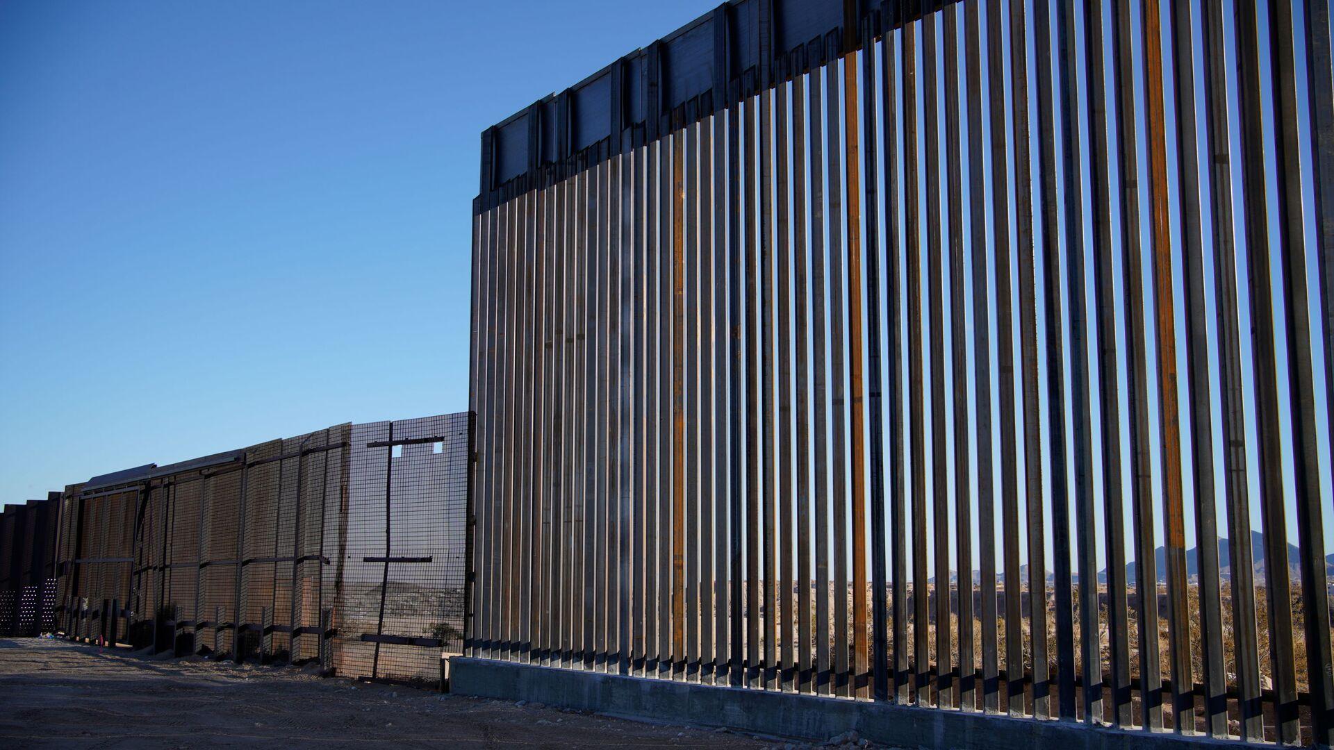 Construcción del muro entre México y EEUU- Sputnik Mundo 1920