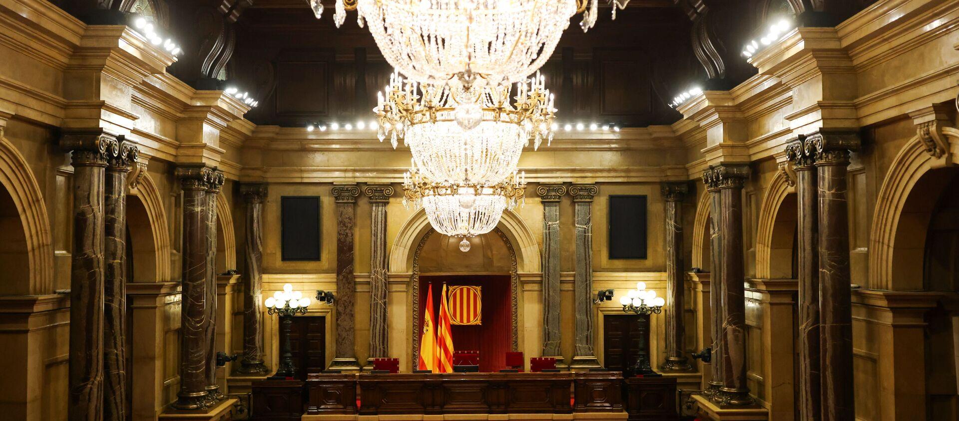 El Parlamento de Cataluña vacío - Sputnik Mundo, 1920, 02.02.2021