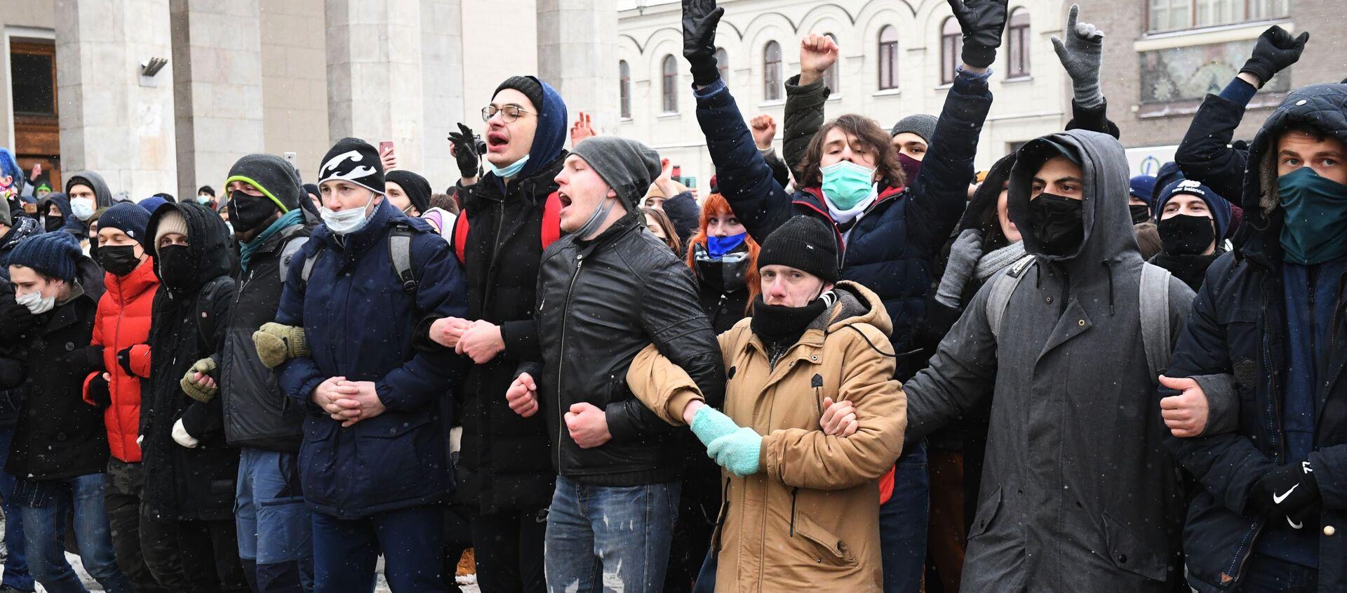 Manifestaciones no autorizadas por Navalni en Moscú - Sputnik Mundo, 1920, 31.01.2021