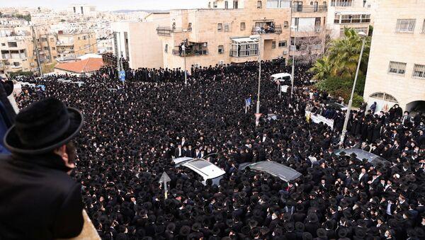 El funeral del rabino Meshulam Dovid Soloveichik en Jerusalén  - Sputnik Mundo