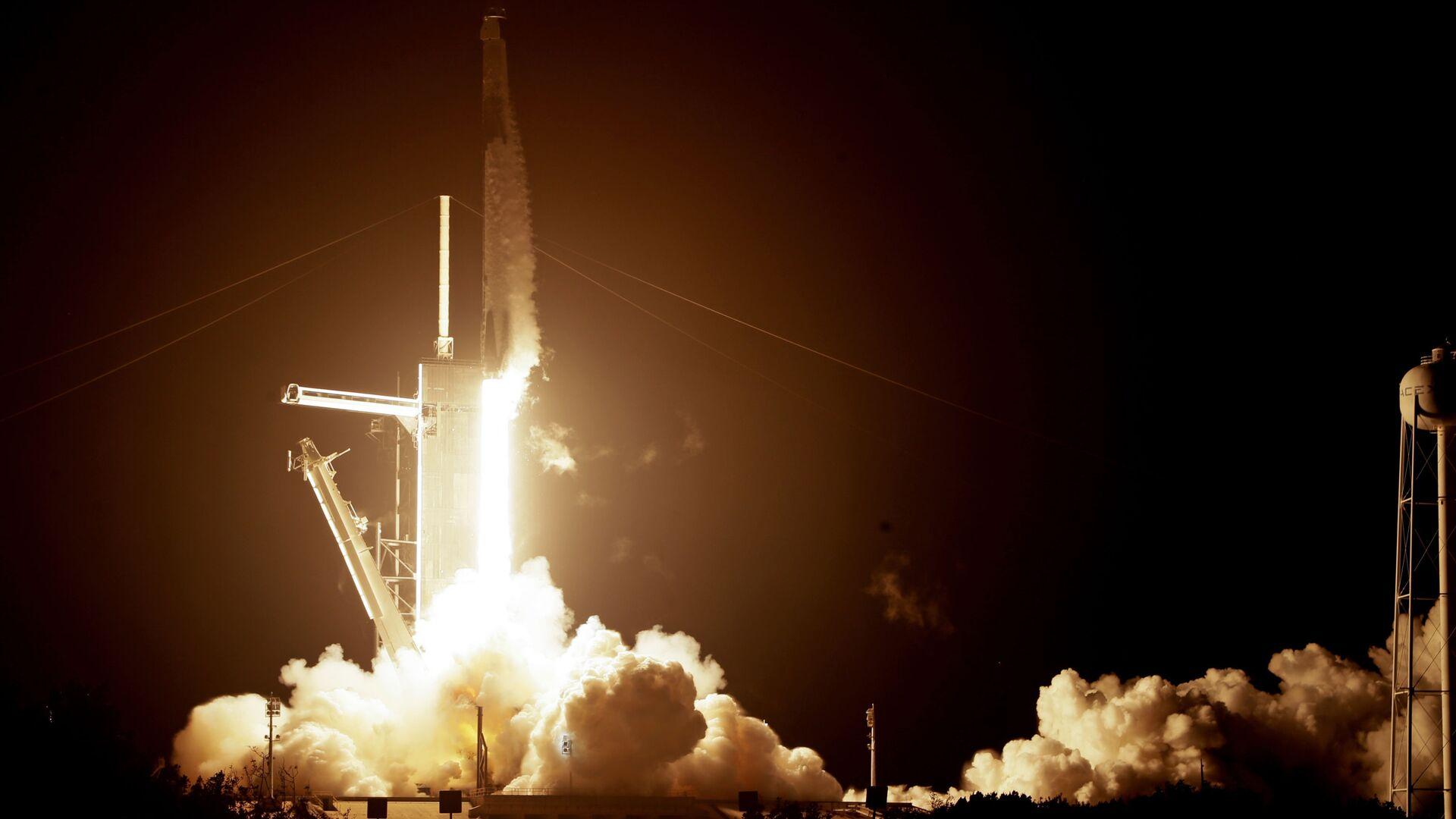 El lanzamiento de un cohete de SpaceX - Sputnik Mundo, 1920, 03.06.2021