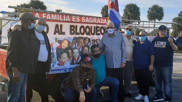 Marcha en Miami contra el bloqueo a Cuba - Sputnik Mundo