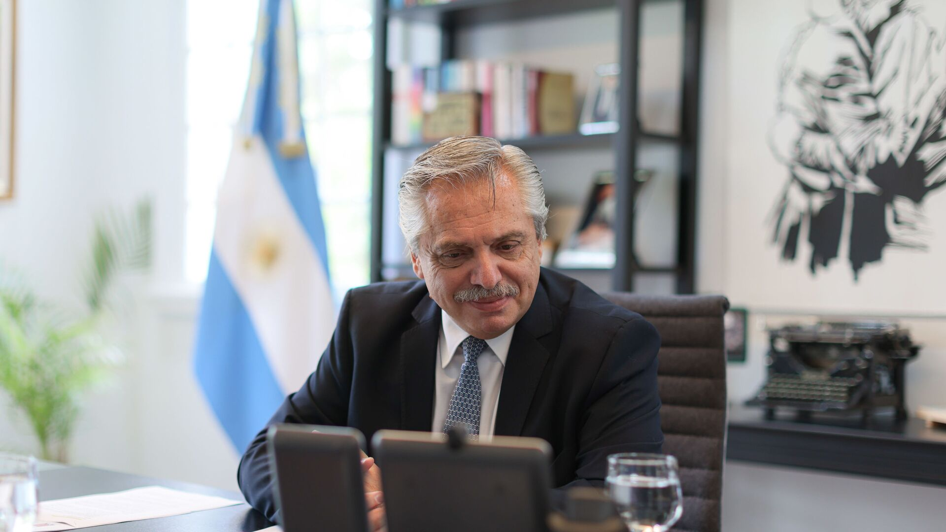 Alberto Fernández, presidente de Argentina - Sputnik Mundo, 1920, 02.02.2021
