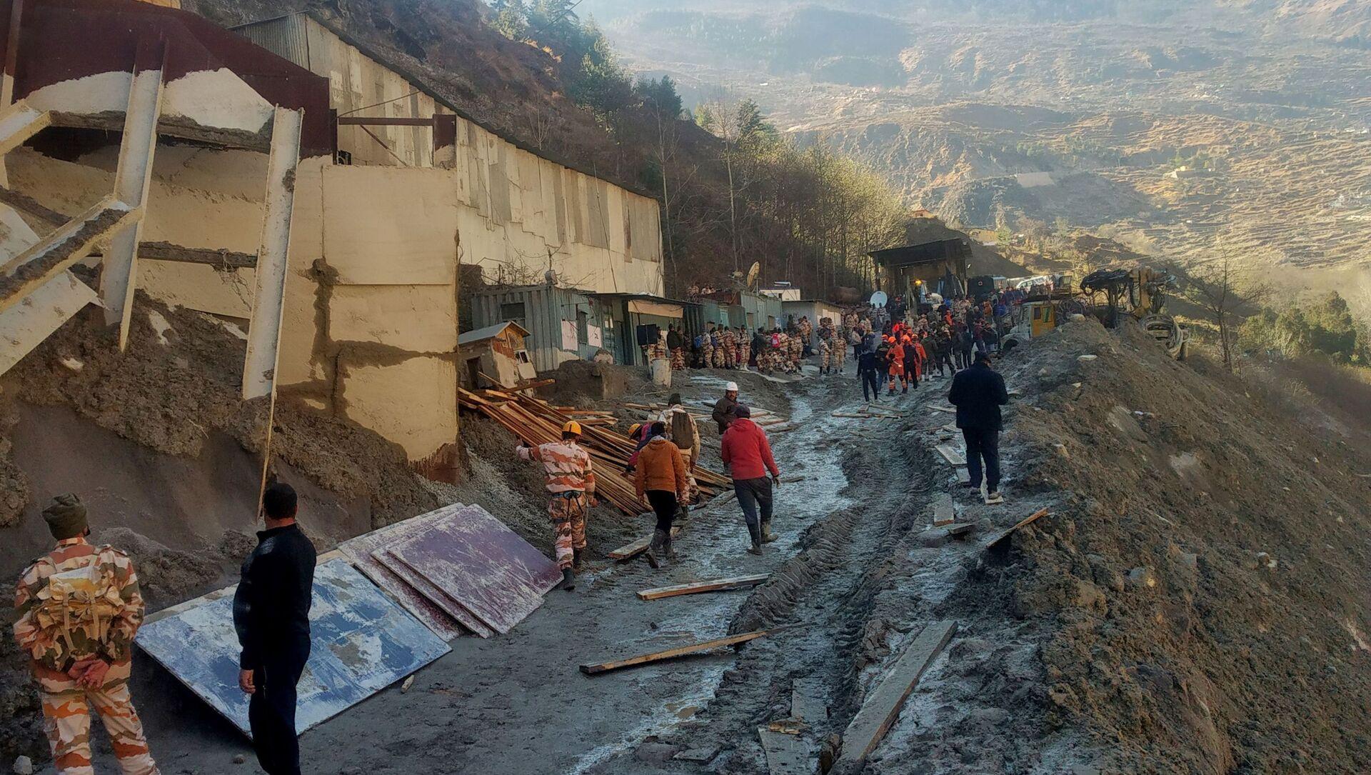 Consecuencias del colapso de glaciar en el estado de Uttarakhand, en el norte de la India - Sputnik Mundo, 1920, 08.02.2021
