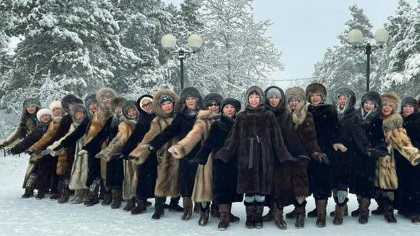 Bailarinas aficionadas de Yakutsk - Sputnik Mundo