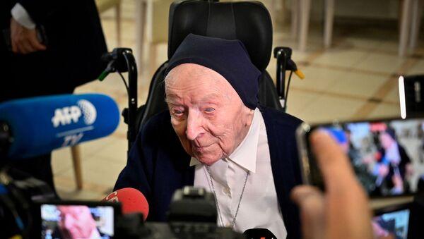 Lucille Randon,  una francesa de 117 años que se recuperó del coronavirus  - Sputnik Mundo