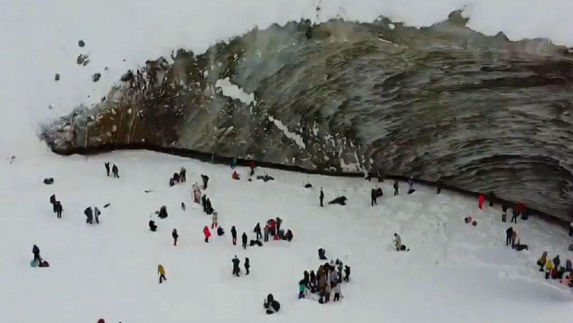 El glaciar Bogdanóvich en Kazajistán - Sputnik Mundo, 1920, 10.02.2021