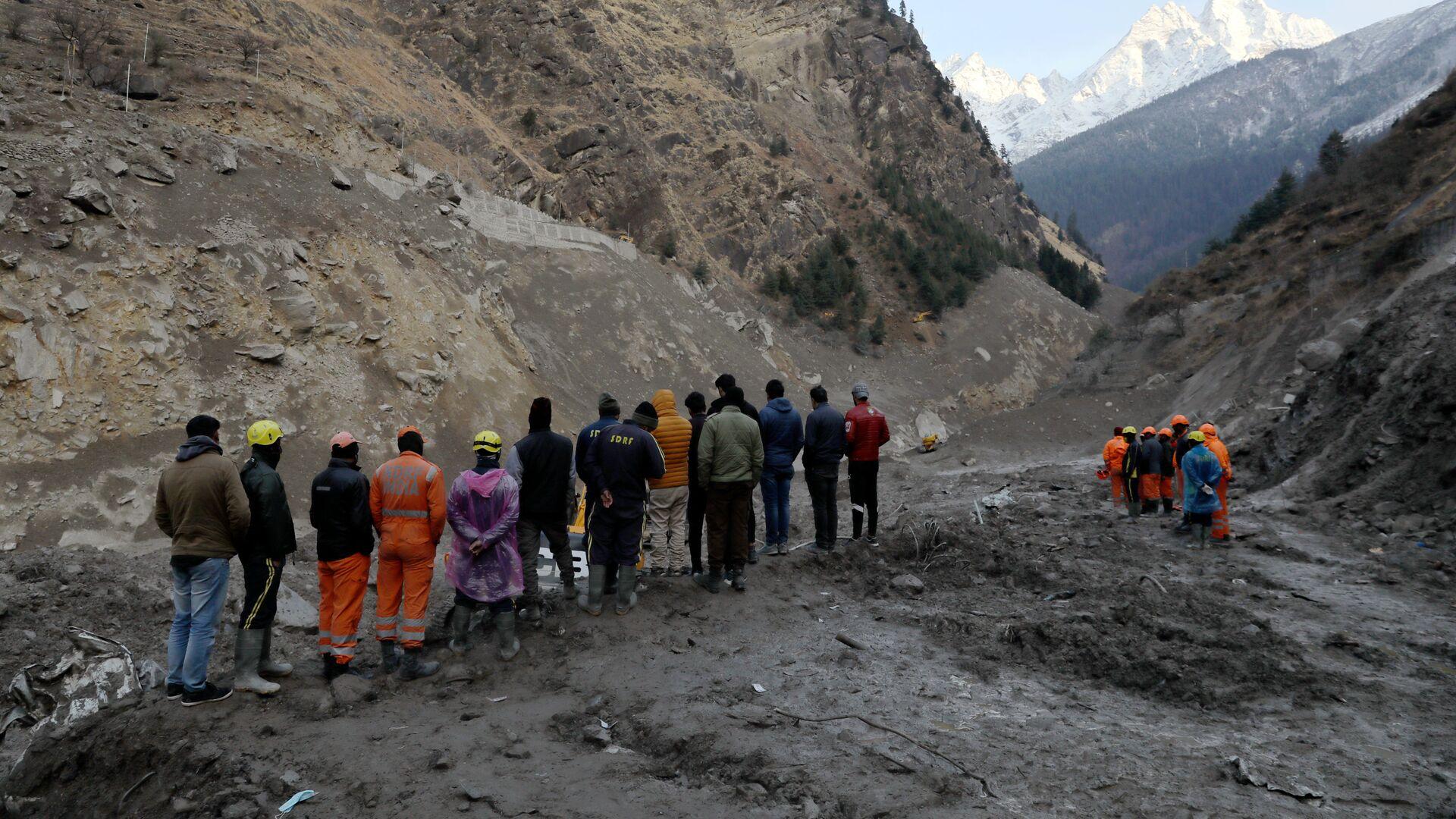 Operaciones de rescate tras el desprendimiento de un glaciar del Himalaya - Sputnik Mundo, 1920, 10.02.2021
