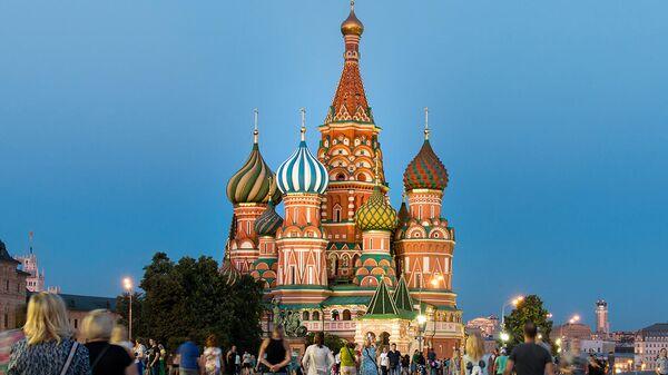 Un músico habanero trae la calma a una Moscú estresada - Sputnik Mundo