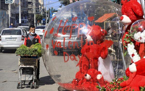 Desde España hasta Arabia Saudí: así el mundo celebra el Día de San Valentín   - Sputnik Mundo