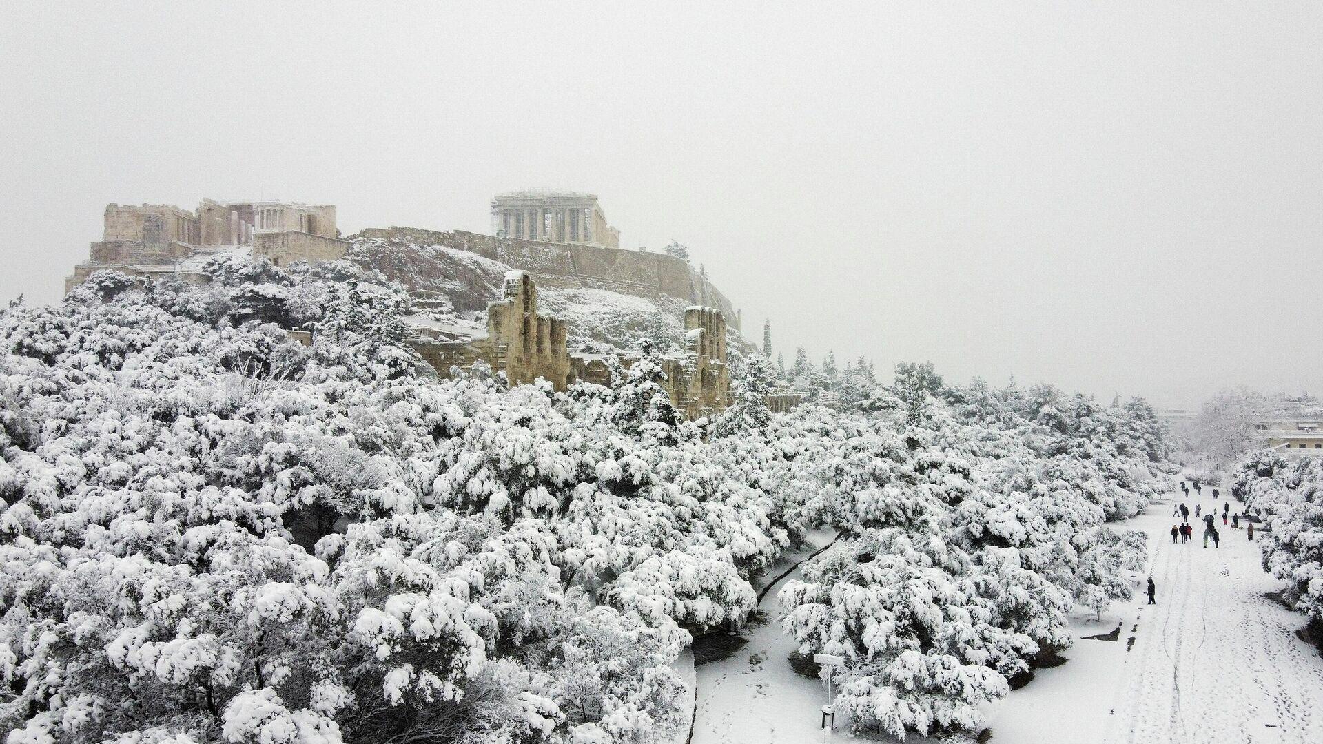 Una fuerte nevada en Atenas, Grecia - Sputnik Mundo, 1920, 21.02.2021