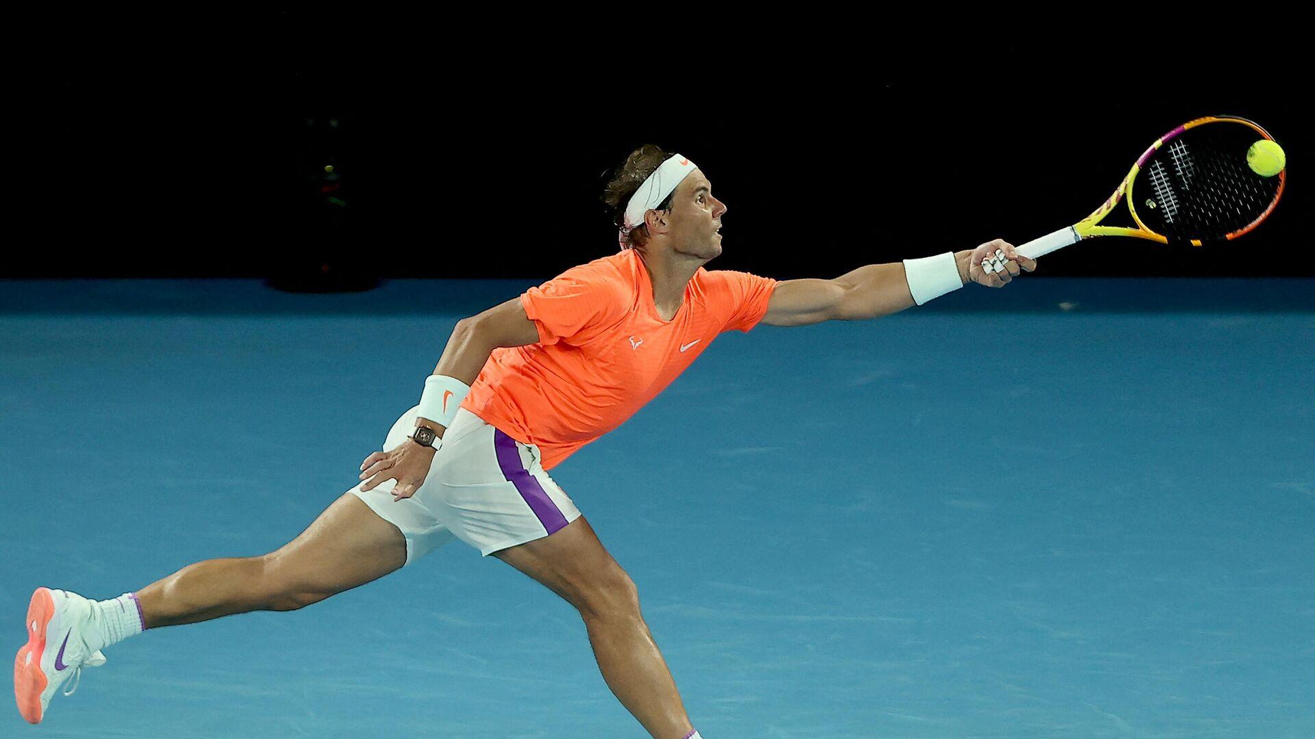 Rafa Nadal durante el partido de cuartos del Open de Australia 2021 ante Tsitsipas - Sputnik Mundo, 1920, 17.06.2021