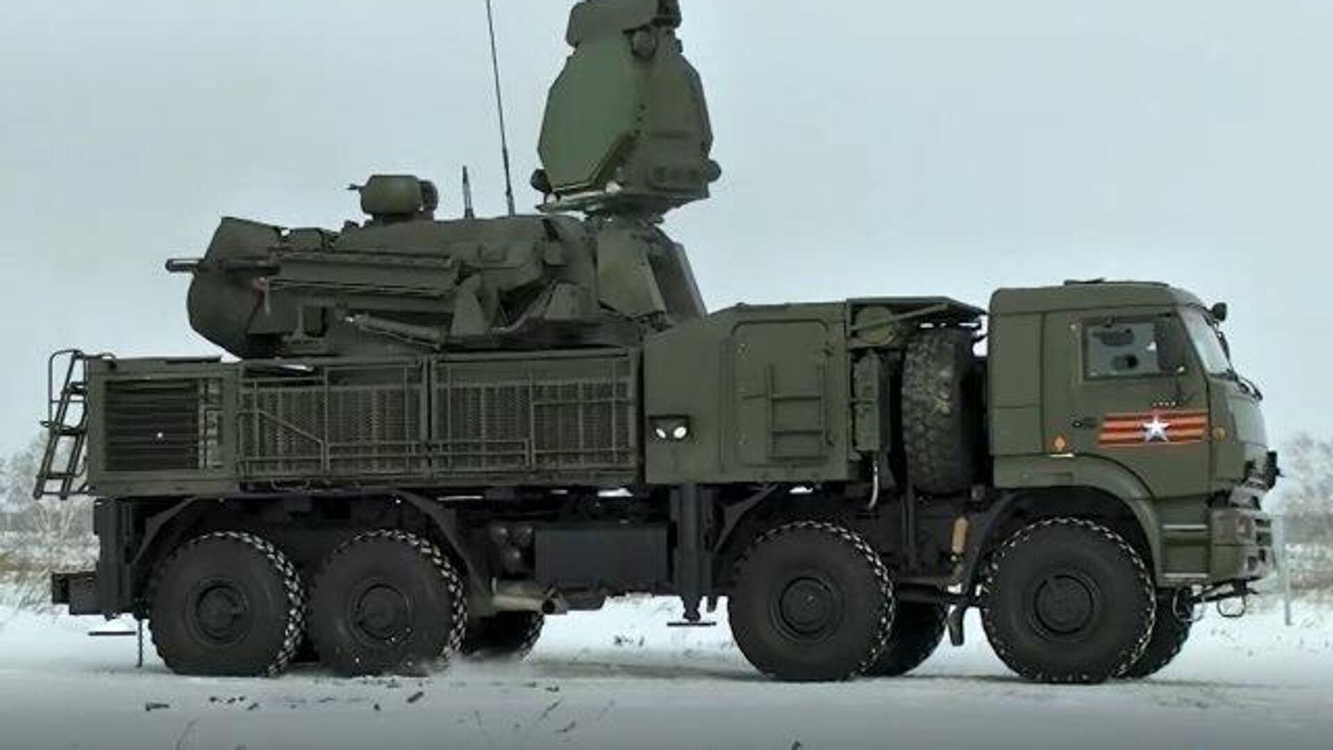 El sistema de defensa antiaérea ruso Pantsir-S1 demuestra su potencia en Siberia - Sputnik Mundo, 1920, 18.02.2021