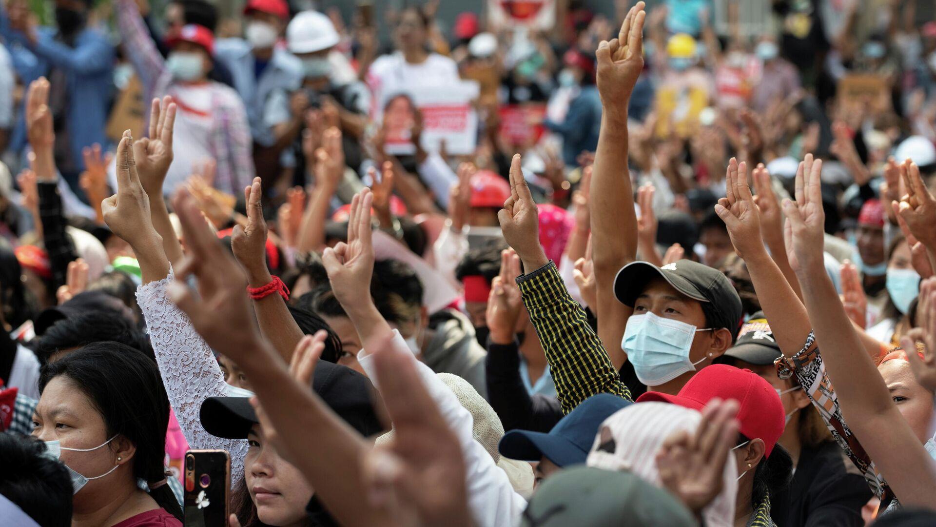 Protestas en Birmania - Sputnik Mundo, 1920, 19.02.2021