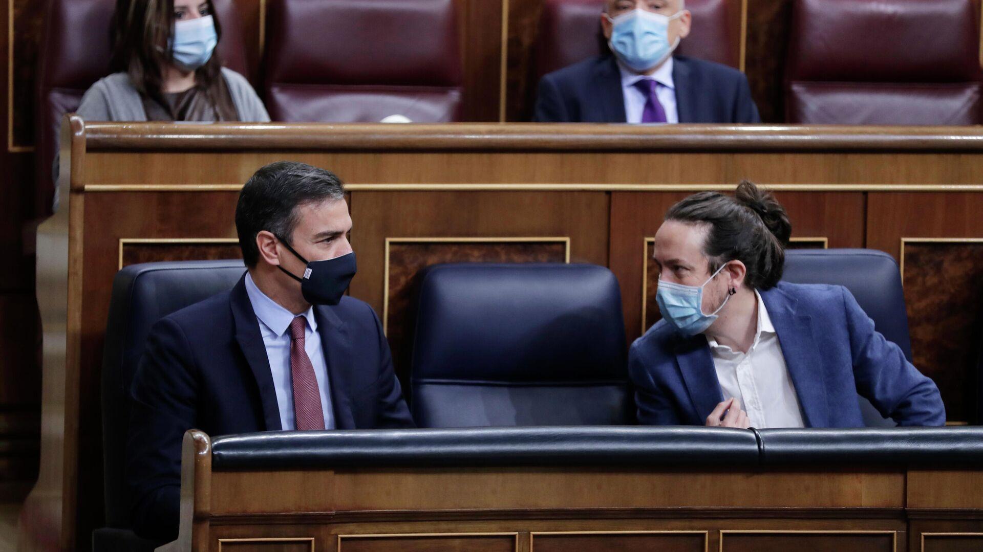 Pedro Sánchez y Pablo Iglesias en el Congreso.  - Sputnik Mundo, 1920, 17.03.2021