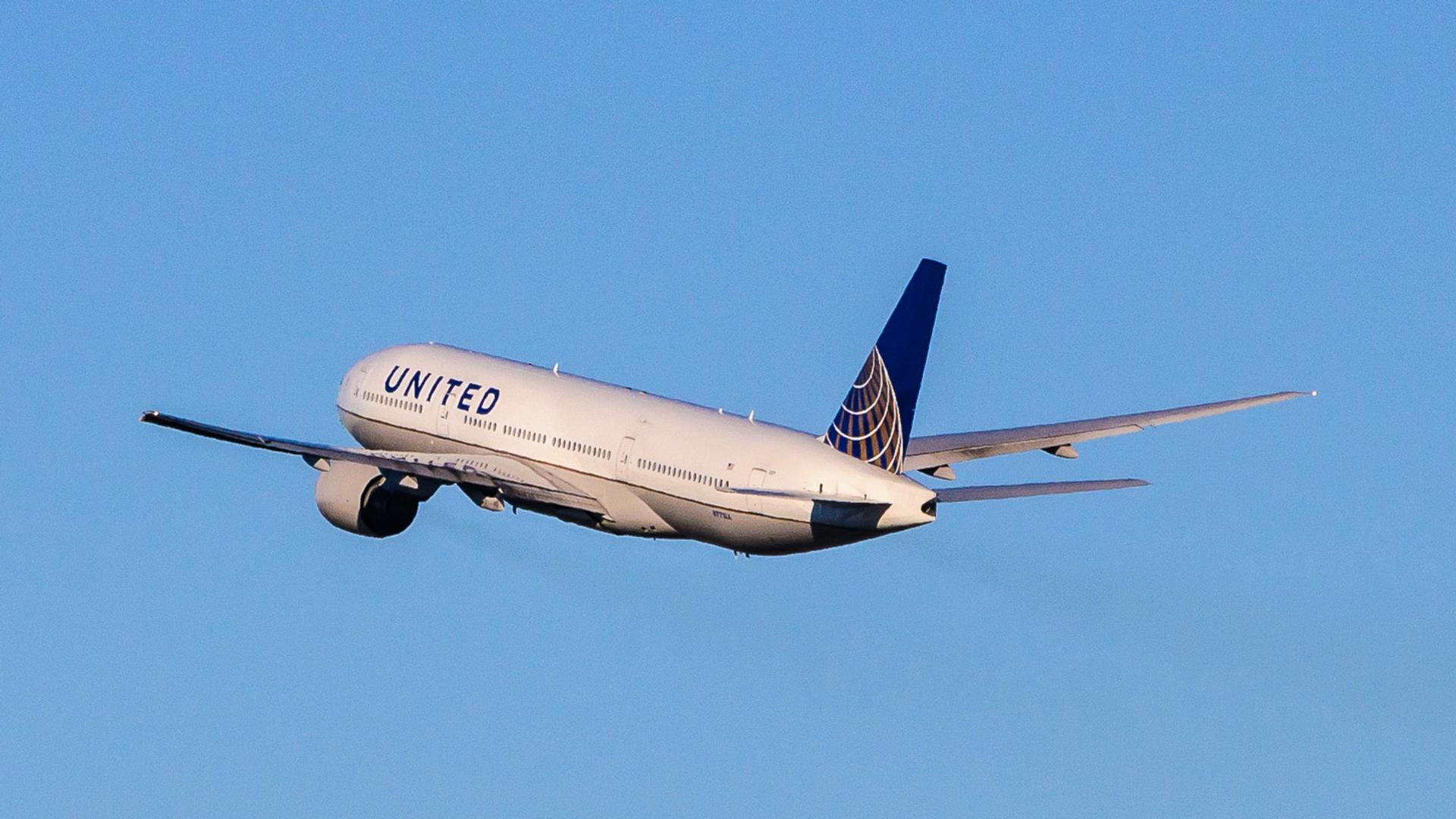 Un Boeing 777 de United Airlines - Sputnik Mundo, 1920, 21.05.2021