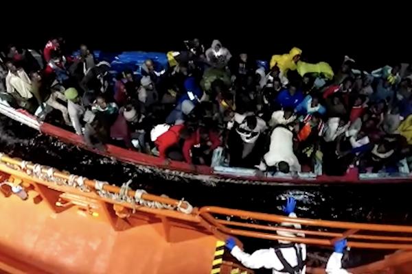 Inmigrantes en pateras, Canarias - Sputnik Mundo