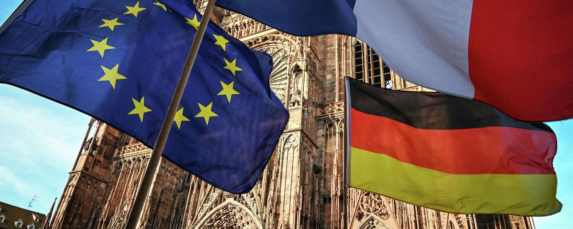 Las banderas de la UE, Francia y Alemania (imagen referencial) - Sputnik Mundo, 1920, 24.02.2021