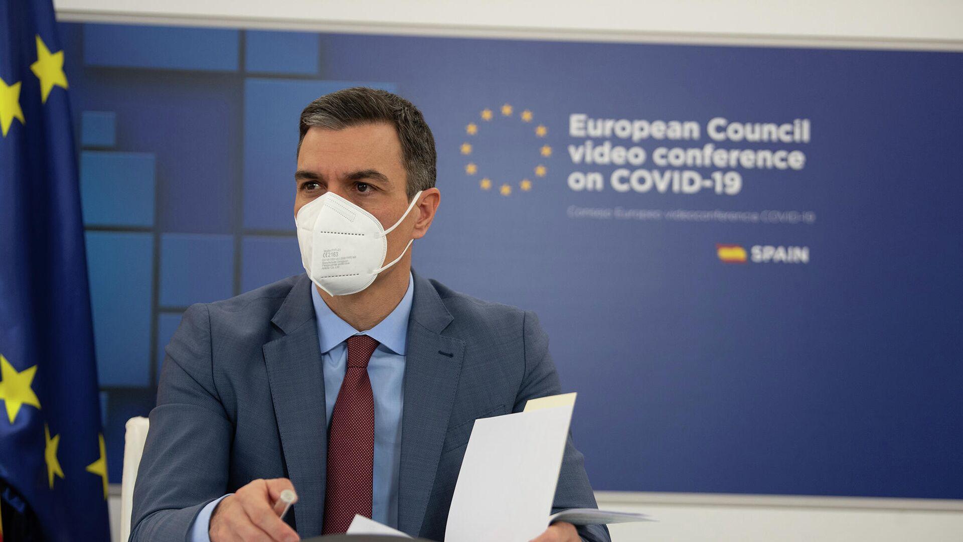 El presidente del Gobierno, Pedro Sánchez, participa por videoconferencia en la reunión del Consejo Europeo Extraordinario del 25 y 26 de febrero. - Sputnik Mundo, 1920, 26.02.2021