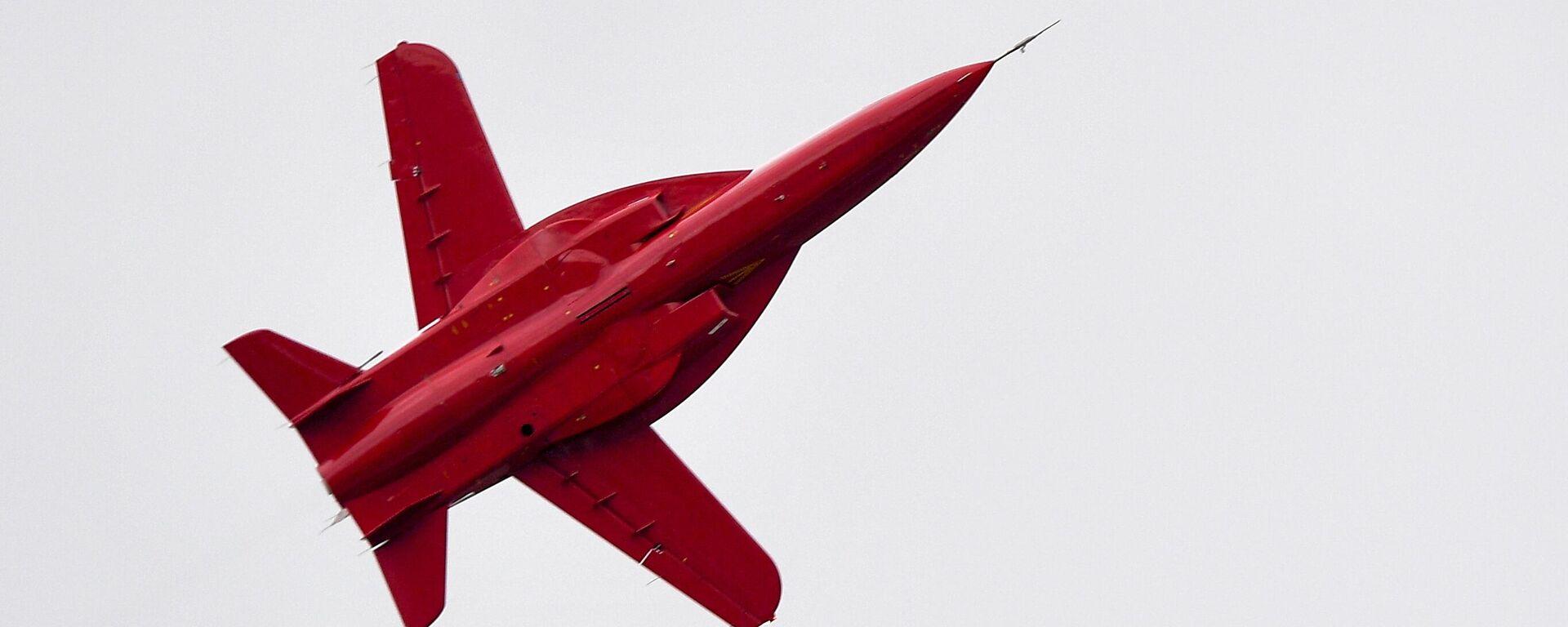 Un jet de entrenamiento ligero ruso SR-10 - Sputnik Mundo, 1920, 02.03.2021