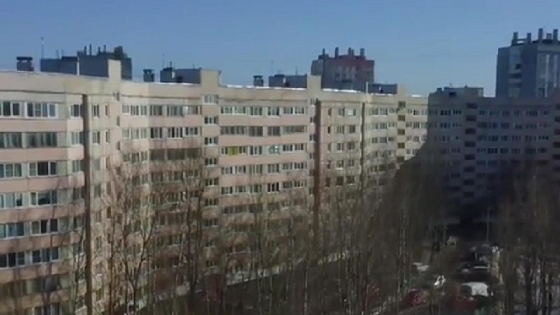 El edificio más largo de la ciudad rusa de San Petersburgo apodado 'Casa Serpiente' o 'Gran Muralla China' - Sputnik Mundo, 1920, 03.03.2021
