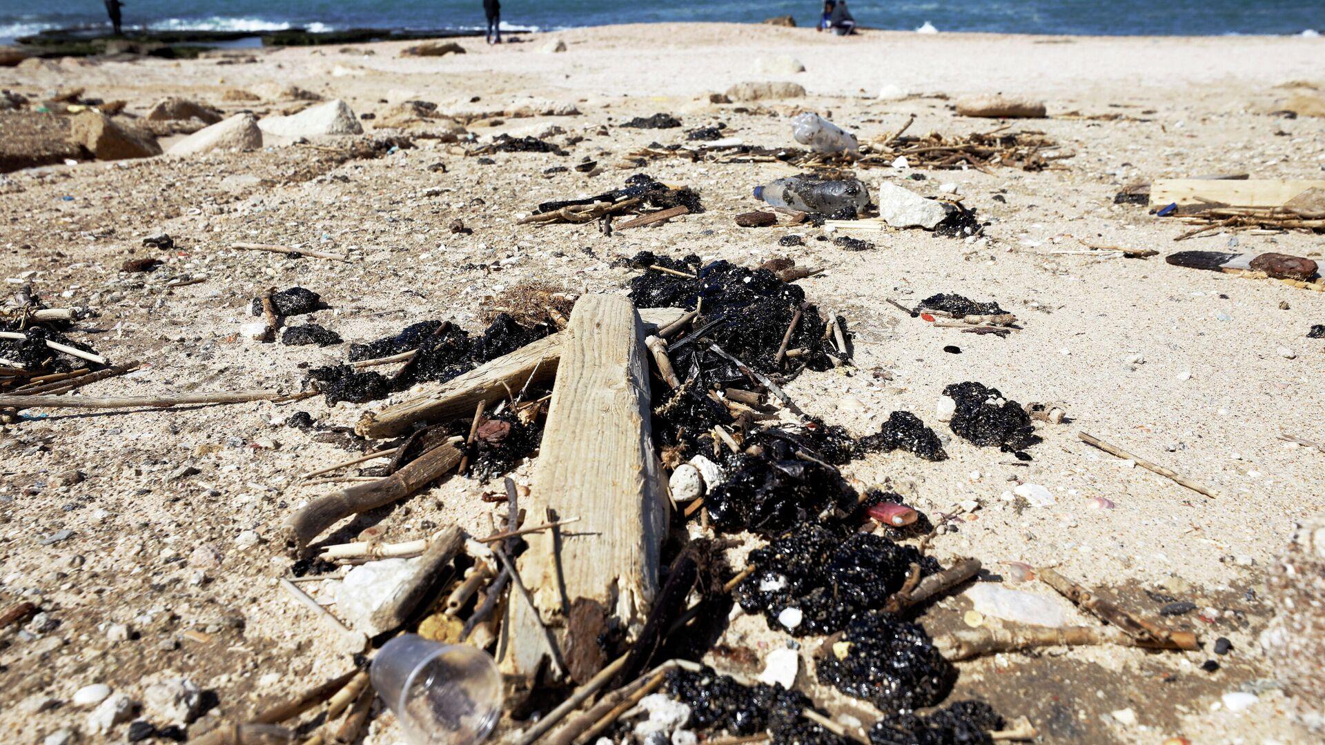 Derrame de petróleo en la costa mediterránea en Israel - Sputnik Mundo, 1920, 04.03.2021