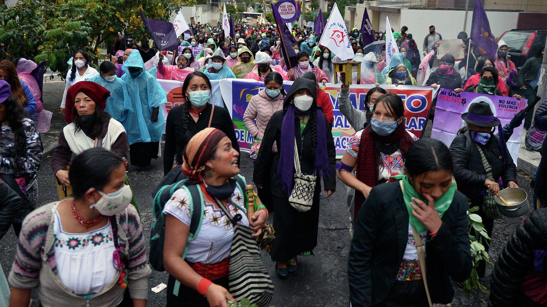 Marcha de mujeres en Quito, Ecuador - Sputnik Mundo, 1920, 09.03.2021