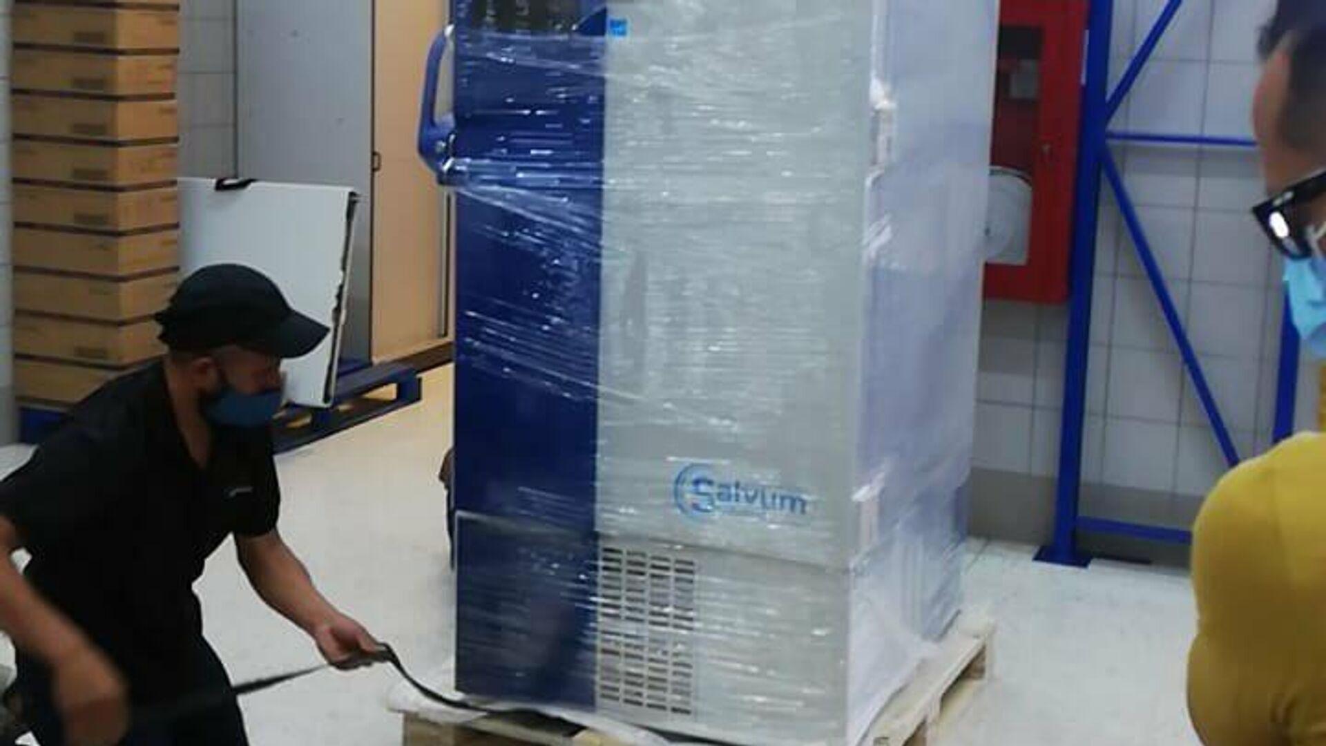 Congelador para almacenar vacunas contra COVID-19 - Sputnik Mundo, 1920, 10.03.2021