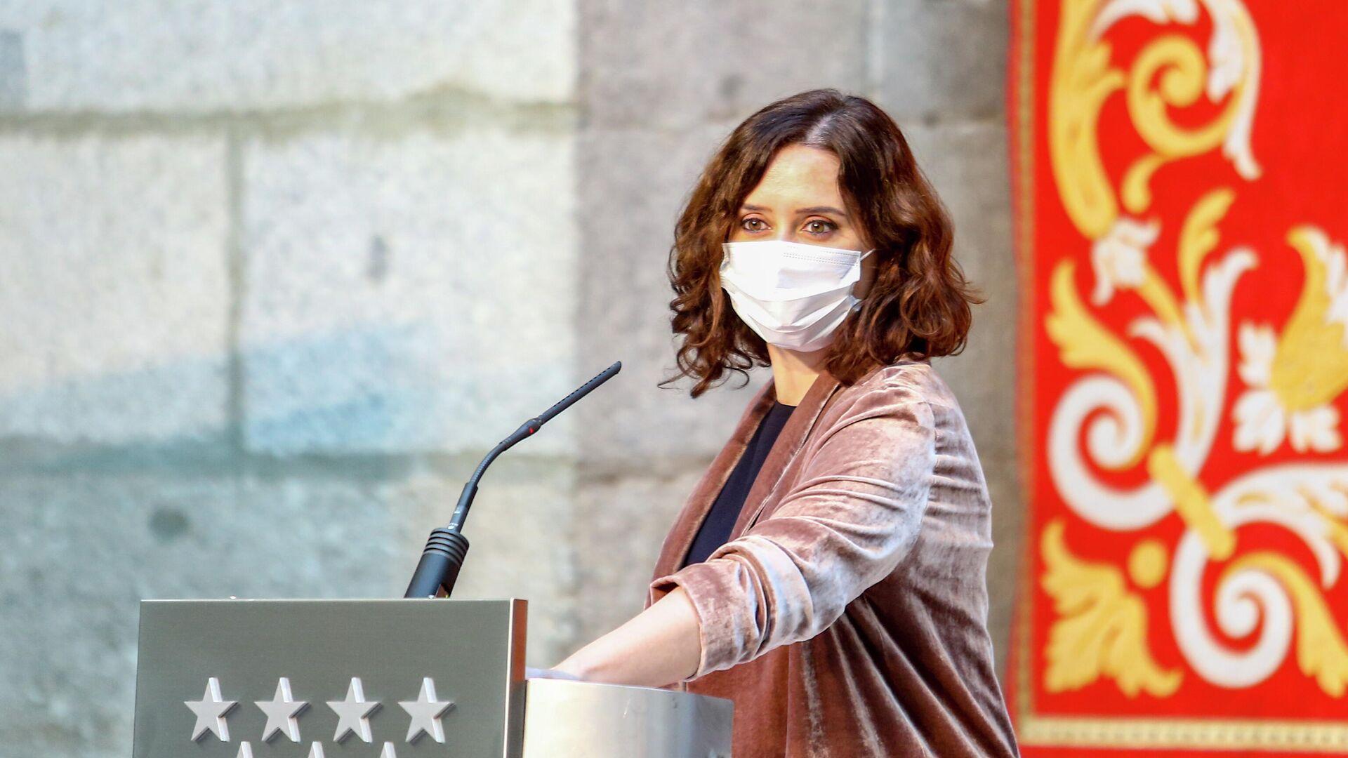 La presidenta de la Comunidad de Madrid, Isabel Díaz Ayuso, en una rueda de prensa - Sputnik Mundo, 1920, 10.03.2021