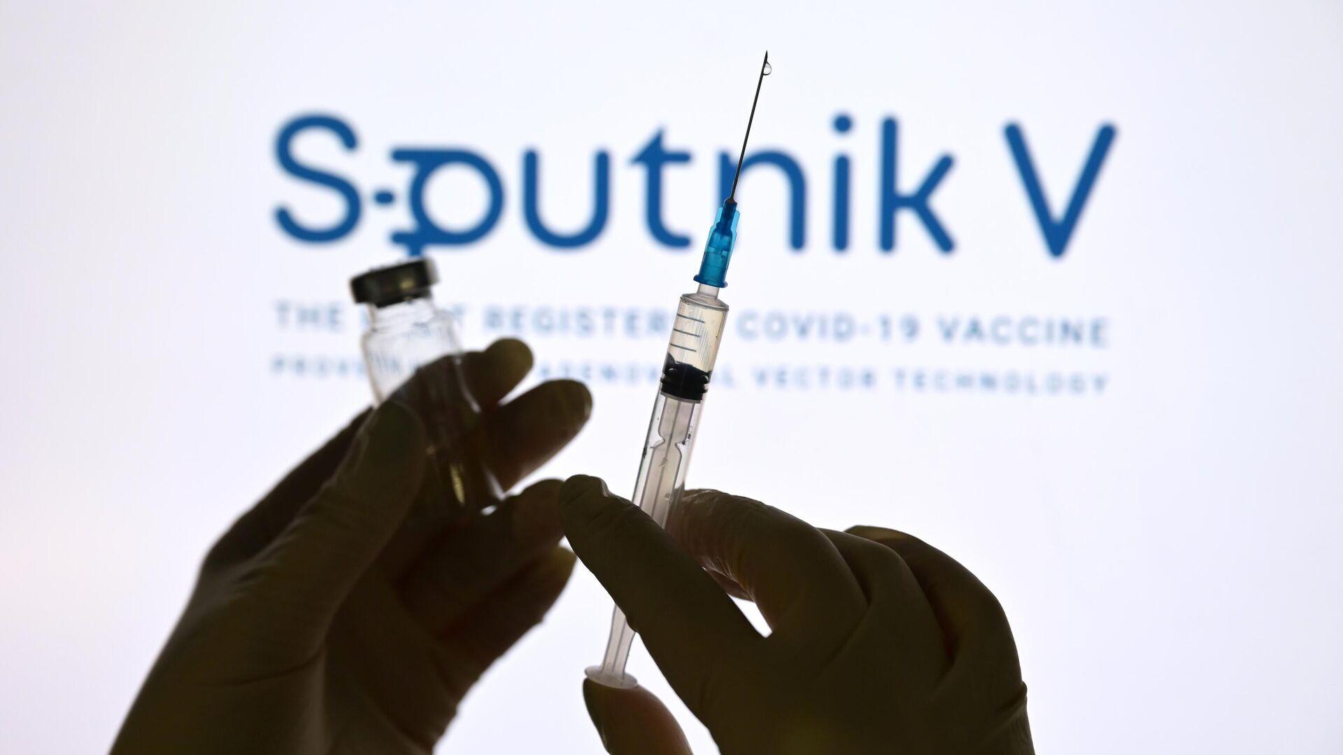 Una dosis de la vacuna rusa Sputnik V - Sputnik Mundo, 1920, 07.04.2021