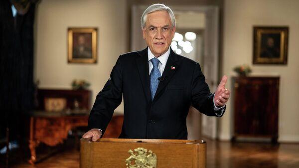 El presidente chileno, Sebastián Piñera, anuncia la mejora de sistema de pensiones en cadena nacional - Sputnik Mundo
