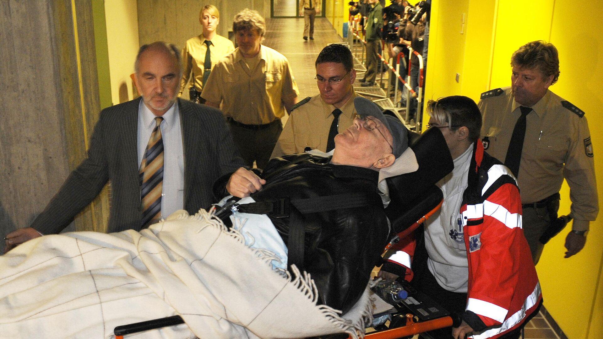 Llegada de John Demjanjuk a la corte de Múnich en 2009 - Sputnik Mundo, 1920, 16.03.2021
