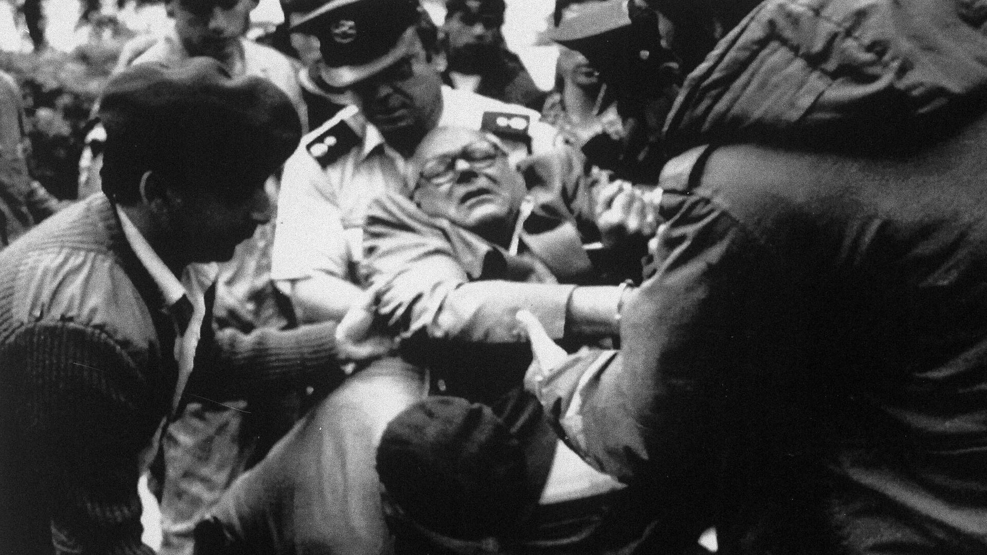 Llegada de John Demjanjuk el día del veredicto en Jerusalén - Sputnik Mundo, 1920, 16.03.2021