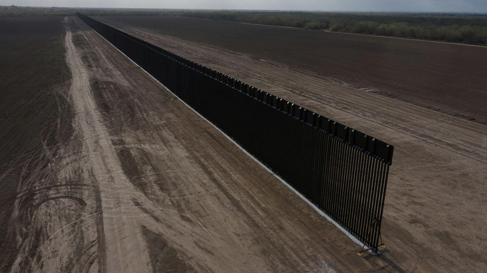 La detención de la construcción del muro fronterizo en EEUU - Sputnik Mundo, 1920, 17.03.2021