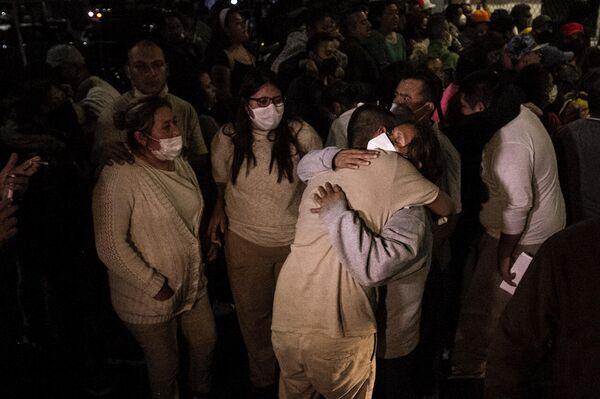 Liberación de los jóvenes detenidos el 5 de marzo del 2021 en la Ciudad de México - Sputnik Mundo