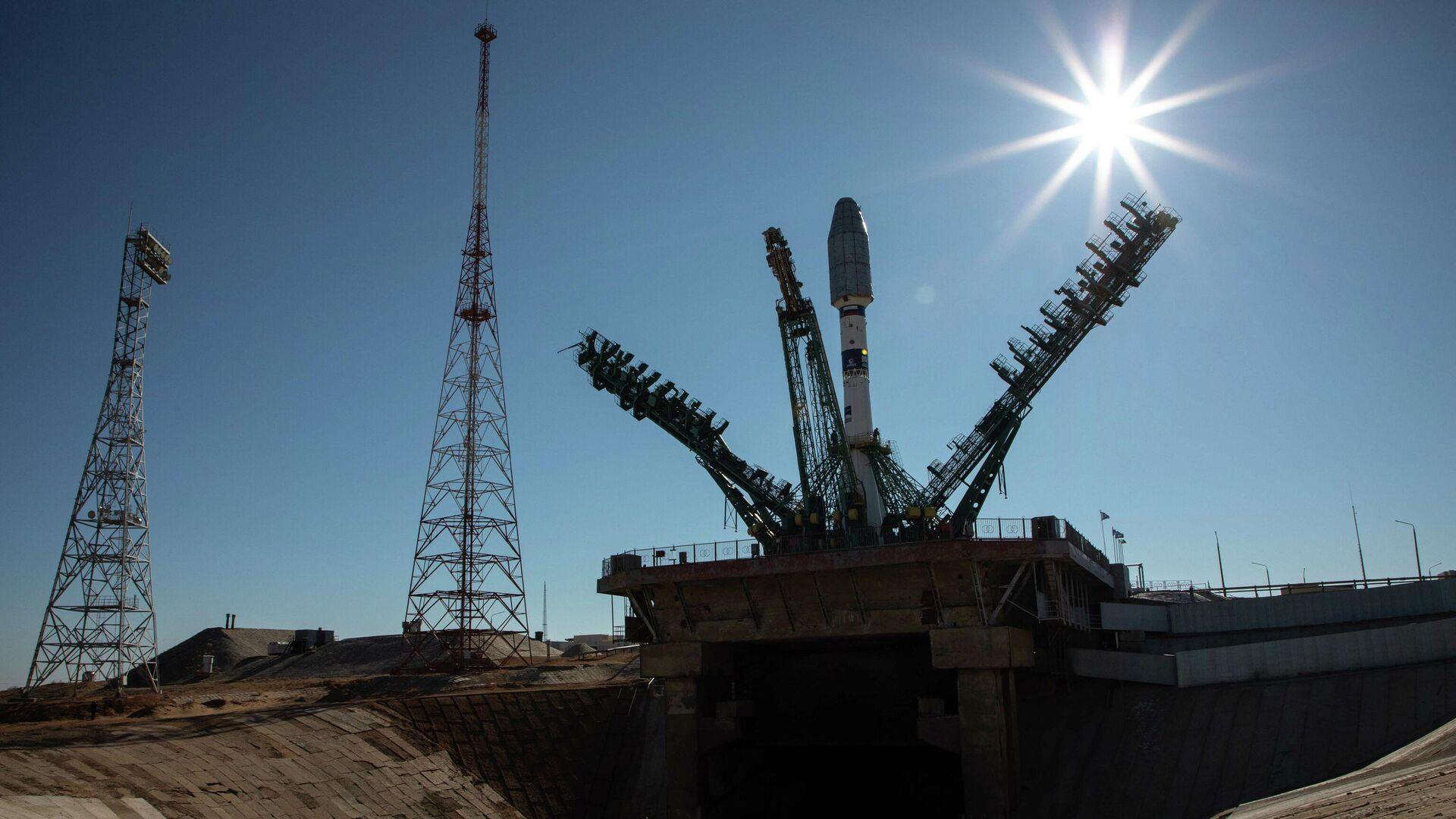 La agencia espacial rusa Roscosmos pone en órbita 38 satélites de diferentes países - Sputnik Mundo, 1920, 22.03.2021