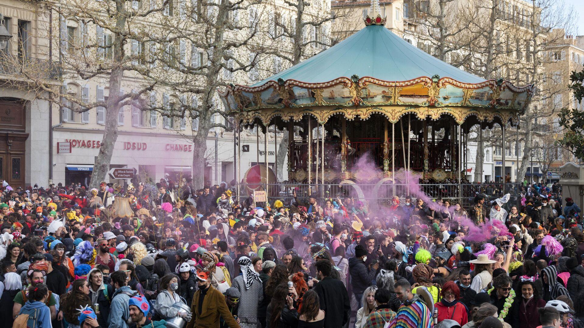 Carnaval ilegal en Marsella, Francia - Sputnik Mundo, 1920, 22.03.2021