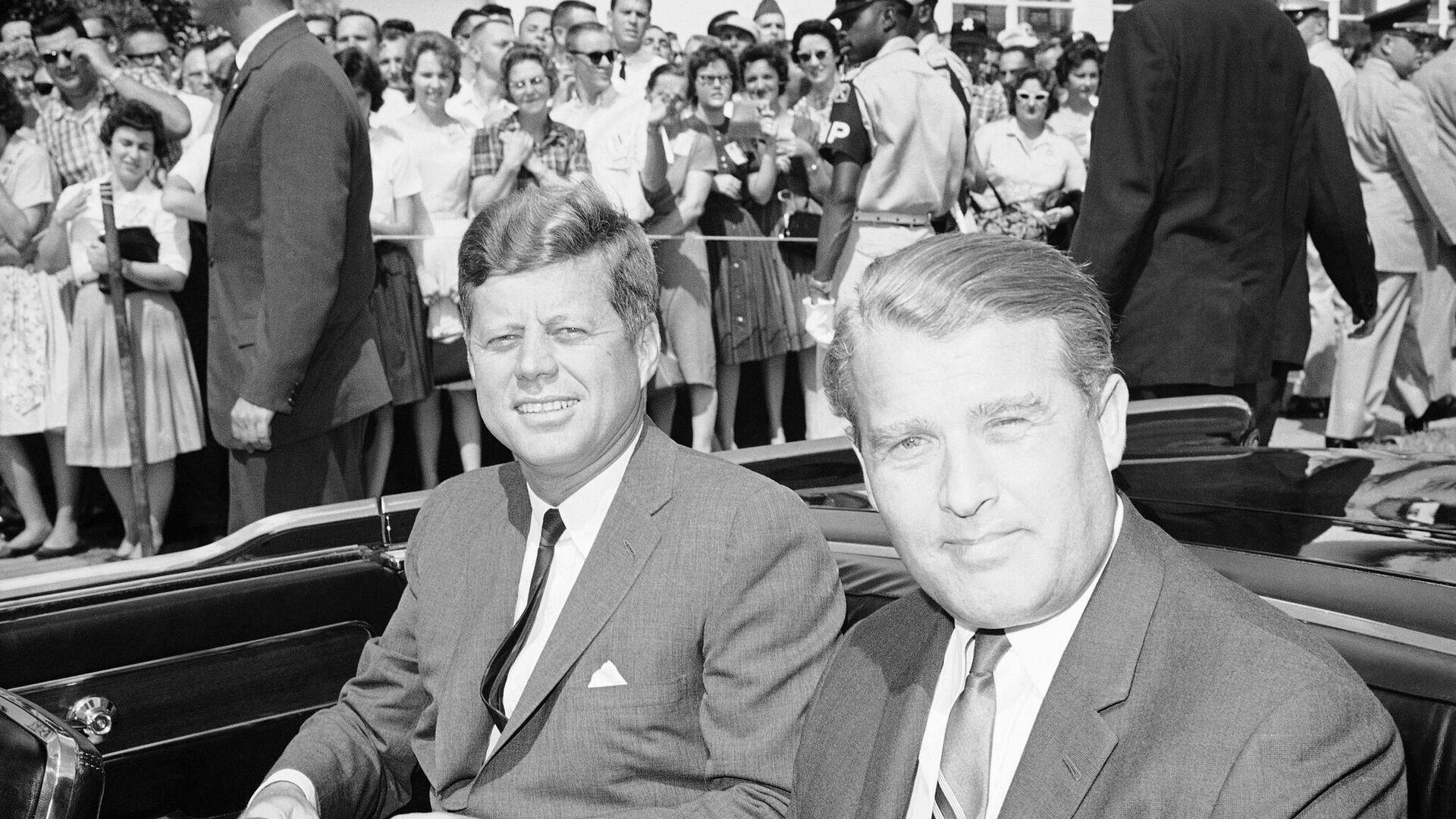 John Kennedy y Wernher von Braun - Sputnik Mundo, 1920, 17.05.2021